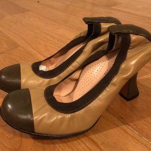 anyi lu sz40 brown/tan leather pumps .